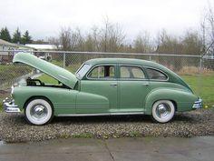 1947 Pontiac Streamliner Sedan