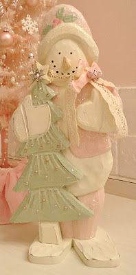 I love how this blogger repainted this snowman in pink!  I'll have to try that!