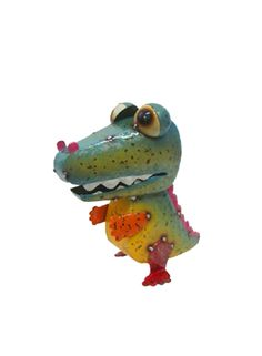 Make your garden more attractive and live with the colorful Cheeky Hungry Crock . Bird Sculpture, Sculptures, Cold Meals, Garden Ornaments, Acacia Wood, Pet Birds, Crock, Colorful, Make It Yourself