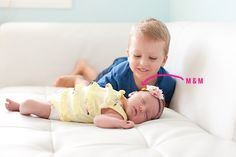 Such a genius tip for getting those older sibling is in love with younger sibling shots