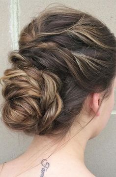 Perfect textured updo wedding hairstyle inspiration - wedding updo #weddinghair #wedding #texturedupdo #chignon #weddinghairstyle #hairstyleideas