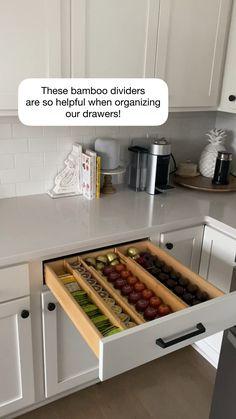 Kitchen Organization Pantry, Grey Kitchen Cabinets, Kitchen Cabinet Organization, Home Organization Hacks, Island Kitchen, Pantry Storage, Ikea Pantry, Organized Pantry, Refrigerator Organization