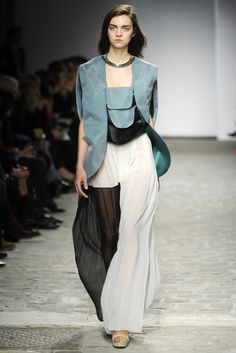 Vionnet Couture Spring 2014 - Slideshow - Runway, Fashion Week, Fashion Shows, Reviews and Fashion Images - WWD.com