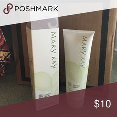 Mary Kay Botanical Effects 3: Cleanse Mary Kay skin care product that has never been used. I use to be a consultant and trying to get inventory out that I personally don't use Mary Kay Other