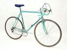 @Kasea Hutchins If I had a bike like this you could probably get my fat ass on it.