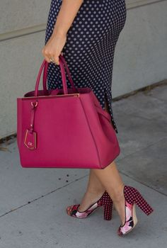I want this purse!