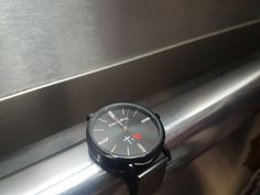 #Relojes #ModaCristiana #Bendicion #FeEsperanzaAmor #CruzIgualAmor Omega Watch, Tic Tac, Metal, Black, When You Realize, Clocks, Black People, Metals