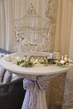 All Decor and Styling provided by Crow Hill Weddings. Fresh Flowers provided by Roxanne at Lily Blossom. Fresh Flowers, Crow, Lily, Chandelier, Ceiling Lights, Table Decorations, Pearls, Weddings, Elegant