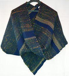 poncho moebius en lana