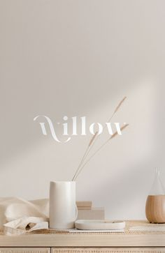Find tips and tricks, amazing ideas for Logo branding. Discover and try out new things about Logo branding site Best Design Fonts, Web Design, Design Logo, Poster Design, Brand Identity Design, Custom Logo Design, Brand Design, Custom Logos, Layout Design