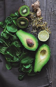 Green Smoothie Ingredients /