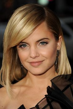 "Actress Mena Suvari wore Sutra earrings to the Premiere of Universal Pictures' ""American Reunion"" at Grauman's Chinese Theatre on March 19, 2012 in Hollywood, California. Available at London Jewelers!"