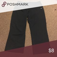 Nike sport short pants Nike sport short, fitdry comfy material. Open to offers! Buy tonight 10/31 ships tomorrow! Nike Pants Capris