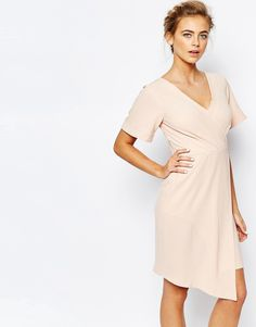 Cool Closet Wrap Front Midi Dress with Square Front - Nude Closet Pencil Kjoler til Damer i behageligt materiale