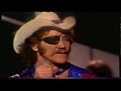 """Dr Hook - (Ray Sawyer) """"I Don't Feel Much Like Smilin´"""" [Live from BBC show 1980]"""