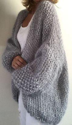 40 Ideas for knitting ideas sweaters tricot Pull Crochet, Crochet Cardigan, Knit Crochet, Beige Cardigan, Crochet Sweaters, Chunky Cardigan, Cardigan Pattern, Crochet Shawl, Sweater Knitting Patterns