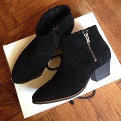 Aldo women booties Barrois black size US7.5, suede leather on top, functional zipper on inside and stylish zipper on outside. Only wore twice (a bit to snug for me) so it's in great condition. Still have box ALDO Shoes Ankle Boots & Booties