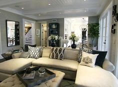 Giuliana and Bills living room. Love the accent pillows.