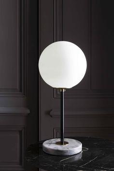 Magic Circus - Table Lamp 06 - In Black Tube