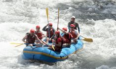 If you are prepared for a huge adventure, you are surely ready for this. The Tenorio River will test your courage Last Minute Deals, Whitewater Rafting, Adventure Activities, Location Map, Day Tours, Physical Fitness, Tour Guide, Costa Rica, Scenery