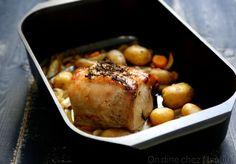 Rôti de porc , poireaux , carottes et cidre