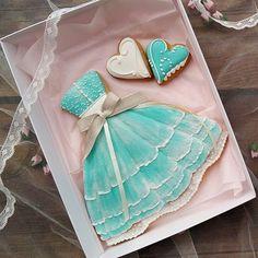 Fancy Cookies, Iced Cookies, Cute Cookies, Cupcake Cookies, Chocolate Cookies, Sugar Cookies, Cupcakes, Cookie Frosting, Royal Icing Cookies