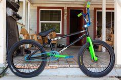 Mongoose Index 20 Freestyle Bike Silver - Bmx Bikes - Ideas of Bmx Bikes - Bmx Bikes Ideas of Bmx Bikes Bicycle Tools, Bicycle Shop, Bmx Pro, Gt Bmx, Bmx Cruiser, Bmx Street, Motorcycle Battery, Drift Trike, Bmx Freestyle