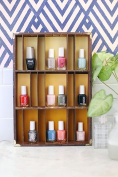 20 EASY CRAFT PROJECTS UNDER $10: Use an old type printing tray to display nail polish