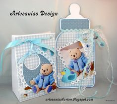 Handmade baby gift set by DT member Gudrun with Creatables Bib Feet Rattle Rubber Duck and Gift Card from Marianne Design Handmade Baby Gifts, Baby Gift Sets, Marianne Design, Baby Scrapbook, Baby Kind, Baby Bottles, Rubber Duck, Baby Cards, Creative Gifts