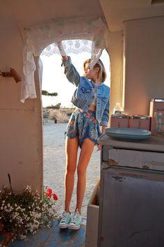 Wide shorts. Short jean jacket. True Romance #urbanoutfitters