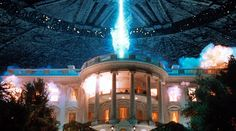 Independence Day started the most American of movie traditions: massive advertising campaigns