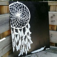 This is pretty. Pretty similar to the painting I want for my home one day soon. - Dream catcher painting : Medium black and white acrylic paint Canvas Painting Projects, Diy Canvas, Art Projects, Canvas Ideas, Dream Catcher Canvas, Dream Catcher Painting, Black And White Canvas, Black And White Painting, Painting On Black Canvas