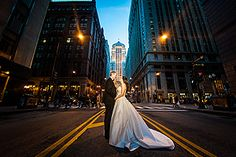 CHICAGO WEDDING PHOTOGRAPHY + ENGAGEMENT PICTURES SESSION