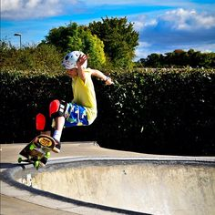 Harry Phelps kills it!! Check out his interview on the Lush Blog. #spacebyrd #lushlongboards - @vandem_mfg- #webstagram