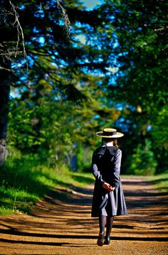 """Girl portraying """"Anne of Green Gables"""", Green Gables House, Cavendish, Prince Edward Island, Canada Road To Avonlea, Lm Montgomery, Gable House, Tomorrow Is A New Day, Anne Shirley, Cuthbert, Kindred Spirits, Prince Edward Island, Canada"""