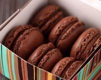 Macarons chocolat coeur de caramel au beurre salé