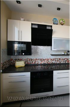 """(215) Кухня 9 кв м, в дом серии П-44, МДФ эмаль, цвет """"Ваниль"""" :: Донатор"""