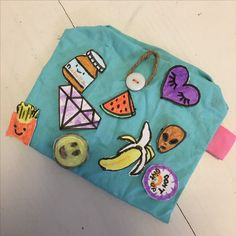 Diy tumblr patched pencil case❤️