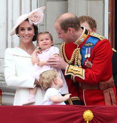 ¡Veo doble! Los mejores estilismos de las 'royals' vienen en pareja - Foto 7