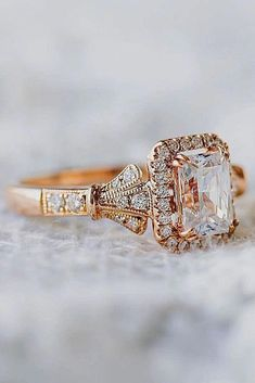Such a pretty & unique piece! This morgainte ring is crafted in solid rose gold with a round shaped morganite set into a gorgeous floral basket setting. Simple & classic ring to adore your love. A pinkish peach morganite is a center focal point. Luxury Engagement Rings, Beautiful Engagement Rings, Vintage Engagement Rings, Princess Cut Rings, Princess Cut Engagement Rings, Engagement Ring Cuts, Solitaire Engagement, Engagement Ideas, Wedding Rings Vintage