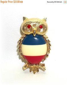 JJ Owl pin brooch Jonette  vintage jewelry Red Blue by dollherup