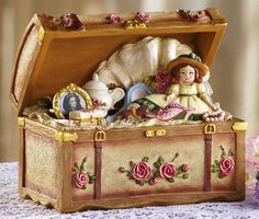 Victorian Music Boxes | Vintage Victorian Keepsakes Trunk Music Box