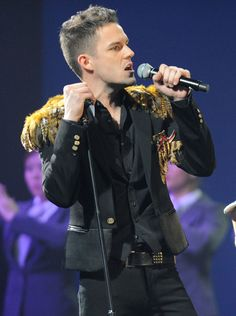 Brandon Flowers (born June is an American musician, best known as the frontman of the Las Vegas-based rock band The Killers. He has also released a solo album entitled Flamingo. The Killers, Brandon Flowers, Mr Brightside, Love Collage, Perfect Teeth, Star Students, Guy Pictures, Wall Pictures, Kinds Of Music