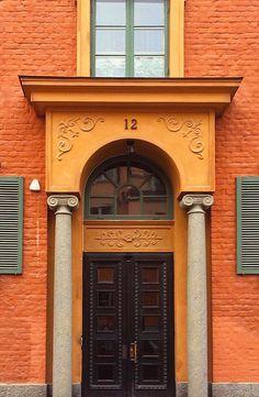 Uppsala, Sweden | door . architecture . arch . darkorange