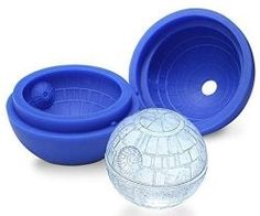 Star Wars Death Star 3D ice cube tray... I think I might need this soon.. XD