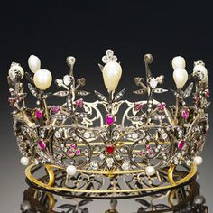 A century ruby, natural pearl and diamond crown, circa 1890 The openwork circlet of scrolling foliate design set throughout. Royal Crowns, Tiaras And Crowns, Antique Jewelry, Vintage Jewelry, Diamond Crown, Pearl Diamond, Invisible Crown, Royal Jewelry, Jewellery