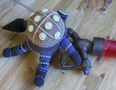 Bioshock 2 Big Daddy Bouncer Doll Replica - Free Amigurumi Pattern