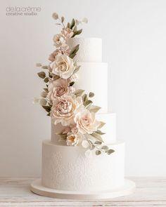 elegante Hochzeitstorte Sugar Flowers, Creative Studio, Creme, Flower Arrangements, Wedding Cakes, Luxury, Instagram, Decor, Pink