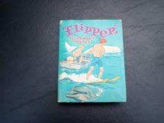 Flipper Killer Whale Trouble by Stephsusedbooks on Etsy