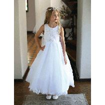 Beaded Bodice First Communion Dresses for Girls offered in sizes Shop Beautiful Beaded Holy Communion Dresses on Sale. Buy Stunning First Communion Dress with Embroidered Bodice. Size 14 Dresses, Dresses For Sale, Girls Dresses, Flower Girl Dresses, Girls First Communion Dresses, Holy Communion Dresses, Girls Shopping, Ball Gowns, Size 12